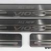 ชายบันไดสแตนเลส แบบที่ 1 New Vios 2013