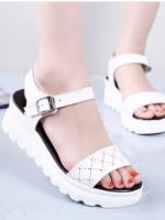 ช้อปรองเท้าผู้หญิงออนไลน์