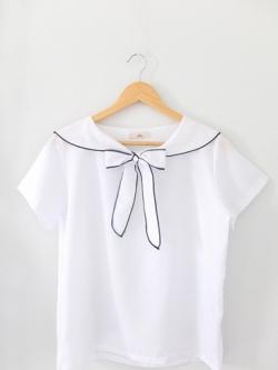 เสื้อคอปกสีขาวผูกโบว์ แบรนด์ Sellys Made in Korea