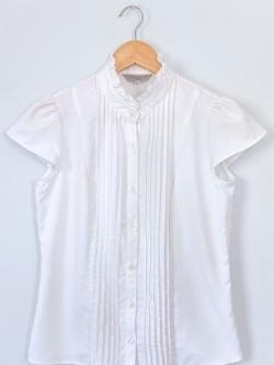 เสื้อคอตั้งสีขาวแขนสั้น THEORIA