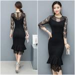 **สินค้าหมด Dress4002-Size-L ชุดเดรสยาวทรงเข้ารูปสวยสีพื้นดำ แต่งลูกไม้ช่วงอก, แขน และชายกระโปรง ผ้าเนื้อดีมีน้ำหนักทิ้งตัวยืดขยายได้