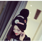 สีดำ : หมวกไหมพรม ทรงยอดฮิต เกาหลีสุดๆ ใครเป็นสาวกห้ามพลาด