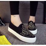 รองเท้าผ้าใบ ผู้หญิง รองเท้าหุ้มส้น แบบสวม แบบไม่มีเชือก รองเท้าผ้าใบสีดำ ใส่สบาย ดีไซน์ ปักหมุดสีทอง ลายไทย ๆ รองเท้าใส่เที่ยว ใส่ทำงาน 259984_1