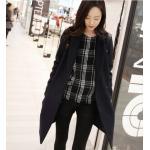 Size M : เสื้อโค้ทกันหนาว ทรงสวย แบบผู้ดีมาก ผ้าวูลเนื้อดี บุซับในกันลม จะใส่คลุม หรือใส่เป็นเสื้อโค้ทปกติก็เก๋ค่า งานดีเลยน้ารุ่นนี้ พร้อมส่งจ้า