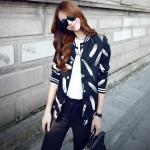 **สินค้าหมด Blouse3513-Size-S เสื้อคลุมแจ็กเก็ตแขนยาวลายขนนกพื้นสีดำ กระดุมแป๊กหน้า ผ้าสูทเนื้อดีอยู่ทรงเรียบสวย