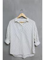เสื้อเชิ้ตสีขาว แบรนด์ LIKKA ไซส์ L