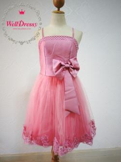 เดรสผ้าไหม กระโปรงลูกไม้ สีชมพูหวานนนนน ติดโบว์ที่เอว กระโปรงตาข่ายลูกไม้ ปักมุกงานปราณีต สวยเริ่ด สาวหุ่นมาตรฐาน