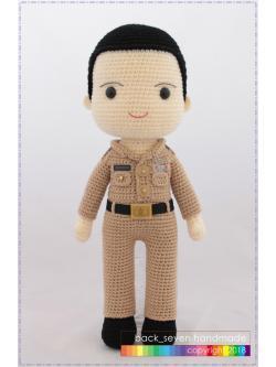 ตุ๊กตาถักชุดข้าราชการชาย
