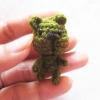 ตุ๊กตาหมีิจิ๋ว สีเขียว ถักโครเชต์ ขนาด 1.5 นิ้ว mini bear crochet amigurumi crochet 1.5 inches
