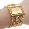 นาฬิกาข้อมือผู้หญิง แบบ สร้อยข้อมือ โซ่เรียงเป็น เส้นสีทอง ตัวเรือนทอง ทั้งเรือน หน้าปัดสีเหลี่ยม ประดับ คริสตัล เพชร สวยหรู ดูดี มีระดับ 10381