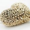 สร้อยคอ รูปหัวใจ 3 มิติ สีทอง สไตล์วินเทจ งานแกะ สวยมากค่ะ