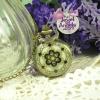นาฬิกาพก,นาฬิกาสร้อยคอเพนท์ลายดอกไม้สีดำ