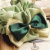 โดนัทรัดผมสไตล์ญี่ปุ่นผ้ามันและชีฟองสีเขียวแต่งโบว์