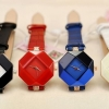 นาฬิกา สายหนัง นาฬิกาข้อมือ ผู้หญิง นาฬิกา ใส่ทำงาน ดีไซน์ เป็น เพชรเม็ดใหญ่ สวยเก๋ ดูดี มีระดับ นาฬิกา สวย ๆ สีน้ำเงิน ดำ ขาว แดง 819427