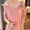 เสื้อยืดแฟชั่น ผ้าผสม ผ้าขน ออกแบบ ลูกไม้ เปิดโชว์ไหล่ เสื้อยืด แบบเก๋ ๆ มีสไตล์ เสื้อแขนยาว คอกว้าง ใส่เที่ยว สีชมพู 94360_3