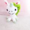 พวงกุญแจยูนิคอร์นถักไหมพรม สีเขียว ขนาด 4 นิ้ว unicorn crochet keychain 4 inch