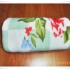 ผ้าห่มเนื้อนุ่ม ลายดอกไม้โทนสีเขียวอ่อน