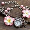 นาฬิกาข้อมือ ผู้หญิง แบบ สร้อยข้อมือ ลายดอกไม้ สีสันสดใส นาฬิกา ใส่เที่ยว ชายทะเล ใส่วันปีใหม่ สงกรานต์ นาฬิกาสร้อยข้อมือ 15588