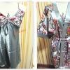 ชุดนอน วาบหวิว ผ้าลื่น ผ้าซาติน พร้อมเสื้อคลุม สีเงิน ลายดอกไม้ b005