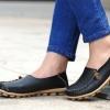 รองเท้าหุ้มส้น ผู้หญิง วัสดุ ทำจากหนังแท้ พื้นปุ่มกันลื่น แข็งแรงทนทาน รองเท้าคัทชู ไม่มีส้น ใส่สบาย ดีไซน์เก๋ แบบน่ารัก สีดำ no 65812