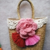 กระเป๋ากระจูดสาน ประดับดอกไม้ ขนาด 7*7*3.5*9.5 นิ้ว basket weave bags