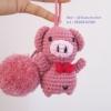 ที่ห้อยกระเป๋า พวงกุญแจตุ๊กตา หมูชมพูถักโครเชต์ pig dolls pom pom amigurumi crochet keychain