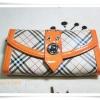 กระเป๋าสตางค์ใบยาว burberry สีส้ม B101
