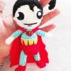 พวงกุญแจตุ๊กตาซุปเปอร์แมนถักไหมพรม ขนาด 4 นิ้ว superman crochet keychain 4 inch