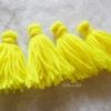 พู่สีเหลืองโครเชต์ ไหมพรม 4 ply yellow tassel crochet acrylic yarn 4 ply