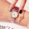 นาฬิกาข้อมือแนวๆ