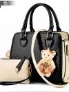 (new)พร้อมส่ง แฟชั่นกระเป๋าถือ +สพายข้าง(แถมหมี+กระเป๋าใบเล็ก) สวยพรีเมี่ยม งานนำเข้าพรีเมี่ยม ขนาดกำลังดี งานน่ารักมากจ้า ข้างในมีช่องเล็กใส่ของจุกจิก สายสะพายยาว