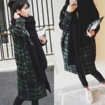 เสื้อโค้ทกันหนาว สไตล์เกาหลี ตัวโคล่ง สีเขียวดำ ลายเก๋ๆ ผ้าวูลเนื้อละเอียด อยู่ทรง ไม่หนามากงานดี บุซับในกันลม พร้อมส่งเลยจ้า