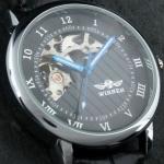 นาฬิกาข้อมือผู้ชาย แบบ โชว์กลไก ด้านใน นาฬิกาข้อมือเปลือย Mechanical watch สายหนัง สีดำ หน้าปัดลายไม้ no 10996