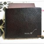 กระเป๋าสตางค์ผู้ชาย Armani ใบสั้น สีน้ำตาลเข้ม A201