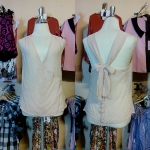 **สินค้าหมด Sale!! blouse1576 เสื้อแฟชั่นผ้าชีฟอง คอวีป้าย ผูกโบว์หลัง สีเนื้อ รอบอก 36 นิ้ว