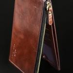 กระเป๋าใส่นามบัตร หนังแท้ เงางาม เหมาะสำหรับให้เป็นของขวัญผู้ใหญ่ หรือ ใช้เอง ก็หรูค่ะ กระเป๋าหนังแท้ มี สีดำ และ สีน้ำตาล 51347