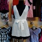 Sale!! blouse1599 เสื้อแฟชั่นตัวยาว ผ้านิ่มลายจุดวิ้ง คอวี โบว์เอว สีขาว