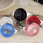 นาฬิกาข้อมือ ผู้หญิง นาฬิกาข้อมือสแตนเลส แบบกำไลข้อมือ สีเงิน สุดเก๋ หน้าปัดกลม สีดำ ชมพู ขาว 223665