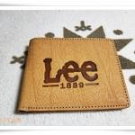 กระเป๋าสตางค์หนังแท้ Lee สีน้ำตาล หนังกลับ A2002