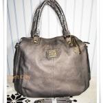 กระเป๋าถือผู้หญิง D&G สีเคลือบเงิน