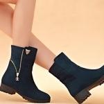 รองเท้าบูท ส้นเตี้ย รองเท้าแฟชั่น ผู้หญิง บูทเล็ก ๆ ติดคริสตัลเสือ และ ดีไซน์ แต่งซิป ที่ข้อเท้า รองเท้าสาวเปรี้ยว สีน้ำเงิน 330581_1
