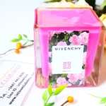 Givenchy / Perfume Candle Limited Edition 5 oz. (Very Irresistible)
