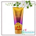 Victoria's Secret Fantasies / Body Cream 200 ml. (Vanilla Lace)