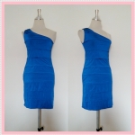 **สินค้าหมด dress2081 เดรสออกงานแฟชั่นแพลตตินั่ม แขนกุดบ่าเดียว ผ้าเนื้อดีทรงขนมชั้น สีน้ำเงิน รอบอก 36 นิ้ว