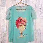 **สินค้าหมด blouse1790 เสื้อแฟชั่นผ้าชีฟองเนื้อทราย แต่งลายผู้หญิงปักมุก แขนสั้น สีเขียวพาสเทล