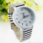 นาฬิกาข้อมือผู้หญิง สายหนัง ลายทาง ขาวสลับดำ แบบเก๋ ๆ สไตล์ เรียบ ๆ คลาสสิค นาฬิกาแฟชั่น ทางม้าลาย ราคาถูก no 413222