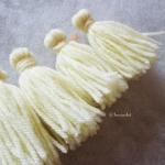 พู่สีเหลืองอ่อนโครเชต์ ไหมพรม 4 ply tassel crochet acrylic yarn 4 ply