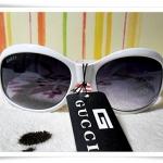 แว่นตาดำ Gucci กรอบขาว B107
