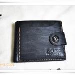 กระเป๋าสตางค์หนังแท้ สีดำ Boss รุ่นกระดุม A302