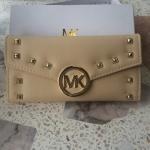 MK กระเป๋าสตางค์ - สีเนื้อ ใบยาว